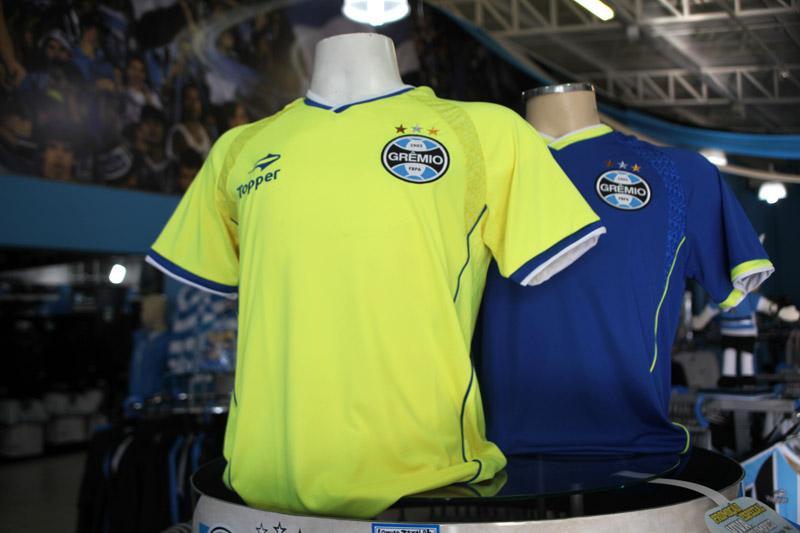 Novas camisas de treino do Grêmio f895b2c7af532